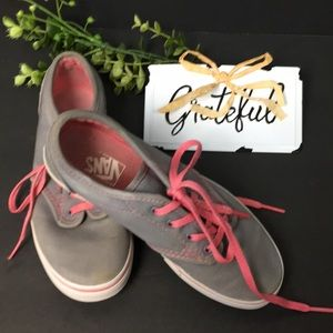 Vans Off The Wall Gray Accented W/Pink Sneakers